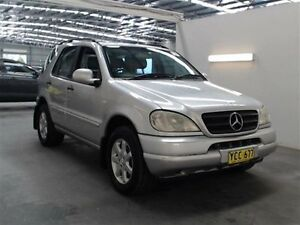 1999 Mercedes-Benz ML 430 (4x4) 430 (4x4) Silver 5 Speed Auto Tipshift Wagon Beresfield Newcastle Area Preview