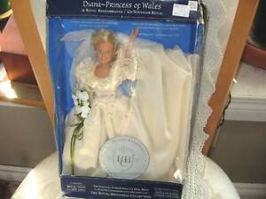 "11.5"" LADY DIANA PRINCESS OF WALES COMMEMRTIVE 97 BRIDE DOLL,BOX"