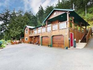 Private 4 BDRM Ocean view Acreage home close to all amenities