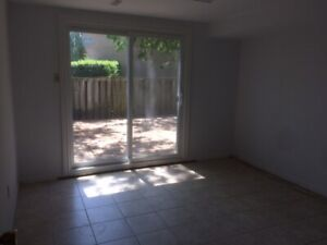 2 Furnished rms Don Mills Fitch Walk to Seneca,CMCC$700
