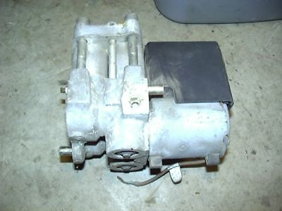 93-95 Audi 90 92-94 100 95 A6 94-95 Cabriolet ABS Brake Pump Assembly