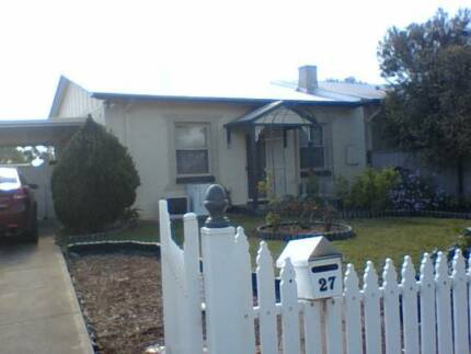 Small, open plan, cute, cottage. Elizabeth North Playford Area Preview