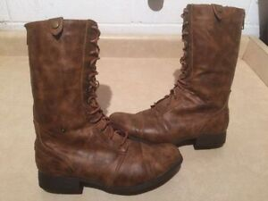 Women's American Eagle Boots Size 10 London Ontario image 1