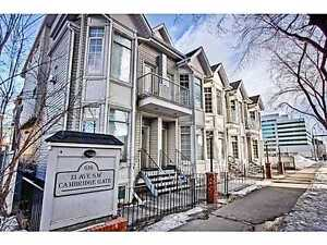 BELTLINE Spacious 2 Bed/2 Bath Downtown Calgary Townhouse