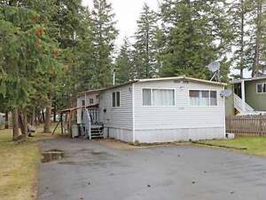 JUST LISTED! Cozy 2Bdrm Starter Home or Investment Opportunity!
