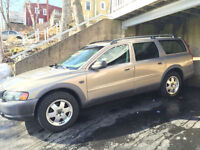 2004 Volvo XC70 Wagon- All Wheel Drive, Excellent Condition
