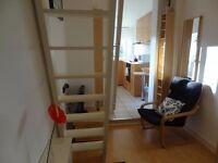 Split Level Studio Apartment in Earls Court, Bills Included