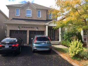 Beautiful House in Thornhill Woods 4 Rent !!!