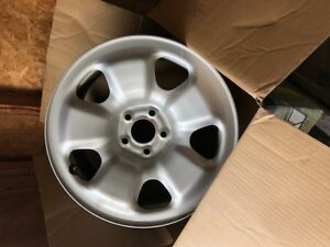 "(4) Rims 17"" with air sensors"