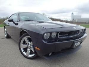 2009 Dodge Challenger R/T_HEMI_6 SPD_COUPE_ Certified