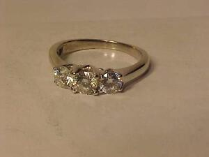 #504-PAST**PRESENT**FUTURE** ENGAGEMENT RING STUNNING 1.09 TOTAL Carat WEIGHT. APPRAISED $14,700.00 SELL-$2,500.00 VALUE