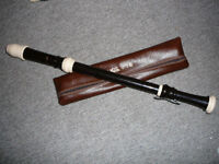 Aulos 511 tenor recorder with keys -unplayed mint condition-1/2 new price(RRP£100+)-excellent gift