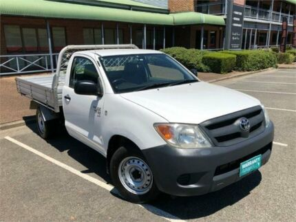 2006 Toyota Hilux GGN15R MY05 SR White Automatic Utility Mount Druitt Blacktown Area Preview