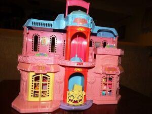 maisons de poupées doll houses