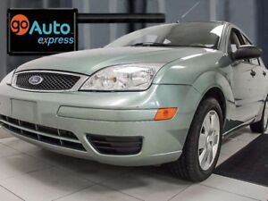 2006 Ford Focus SE ZX4- Look at the color though! It's mint!