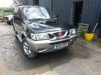 Breaking black nissan terrano 2.7 turbo diesel 4x4