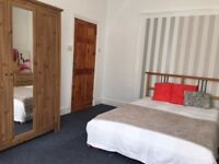 Beautiful room with double bed for on person- all bills included