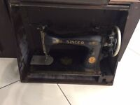 Vintage Singer Sewing machine Antique