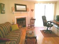 MANOR PARK! 2 BEDROOM 1.5 BATHRROM TOWNHOUSE $1395 ALL INCLUSIVE