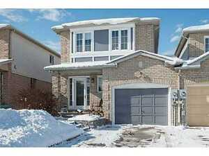 LARGE 3BD HOUSE FOR RENT IN BARRIE + FINISHED BASEMENT