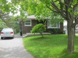 GORGEOUS WESTEND BUNGALOW FOR December 1