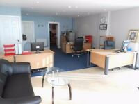 Office shop to rent in prime position with parking suitable for a variety of uses