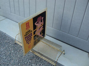 Compact Vintage Wire Records Stand ~ SUPER CLEAN ~ HOLD 50+ Windsor Region Ontario image 1