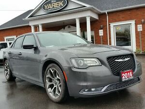 2016 Chrysler 300S 300S, Leather Heated Seats, Pano Roof, NAV, 2