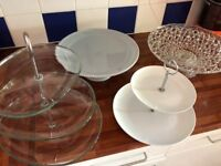 Various cake stands avaialbe