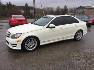 2011 MERCEDES BENZ C250 AUTO 4MATIC CERTIFIED & E-TEST London Ontario image 1