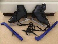 Black Unisex Ice Skates in Excellent Condition With Guards - Approx Size to fit shoe size 3.5