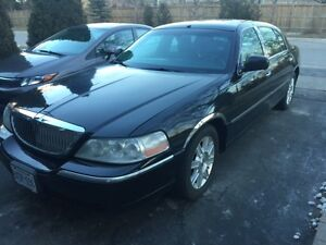 2010 Lincoln Town Car Executive L for SALE!