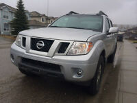 2011 Nissan Frontier PRO 4X 4X4 CREW CAB LEATHER