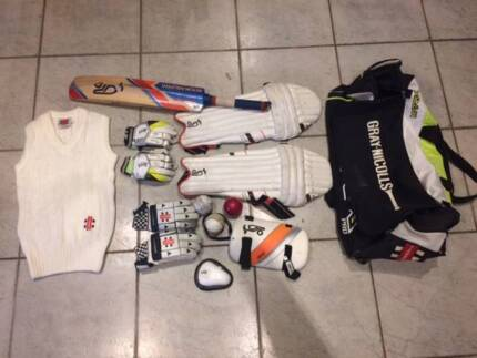 Cricket equipment for child 12/14