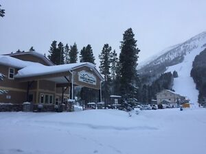 Mountain Retreat at Castle Mountain Resort