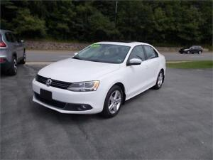 2014 Volkswagen Jetta Sedan Comfortline TDI DIESEL LOADED