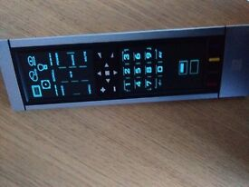 Universal Remote Control Model: URC 8305