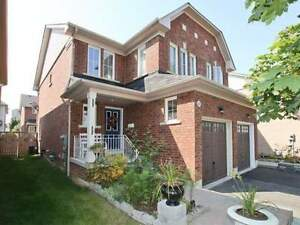 Beautiful Semi Detached Home Location In Popular South East Ajax