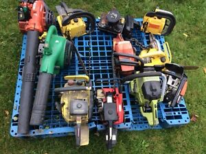chainsaws and blowers for parts or repair $50.00 all Peterborough Peterborough Area image 2