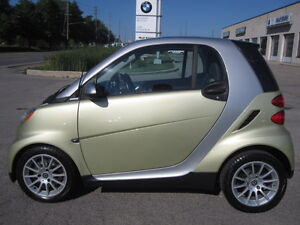 LIKE NEW !!! 2009 SMART  LIMITED