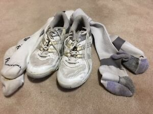 VOLLEYBALL SHOES AND SOCKS