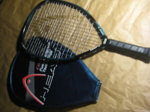 Head Comp G racket. Fused graphite technology. Length 20.75 inch