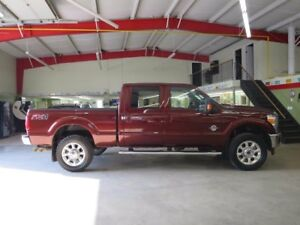 2016 Ford F-350 Lariat Fully Loaded Diesel Low Km