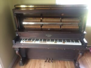 Free Blundall Upright Piano