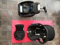 Maxi Cosi Cabriofix Baby Car Seat and Easyfix IsoFix Base