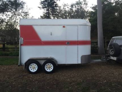CUSTOM BUILT FOR LARGE HORSES - STRAIGHT LOAD Ebenezer Hawkesbury Area Preview