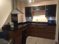 ***LUXURY 2 BED EN-SUITE APPARTEMENT - 550pm***