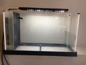 Aquarium Fluval Spec 5 gallons fish tank