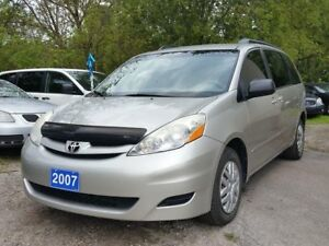 2007 Toyota Sienna certified,8 seater!