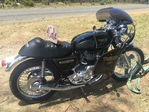 1977 Triumph Bonneville Motorbike Ellalong Cessnock Area Preview